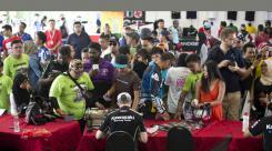 SBK - Jonathan Rea - Kawasaki Ninja ZX-10R - Autograph Signing
