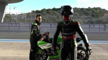 Embedded thumbnail for 2016 ARAI QV PRO Jonathan Rea Replica